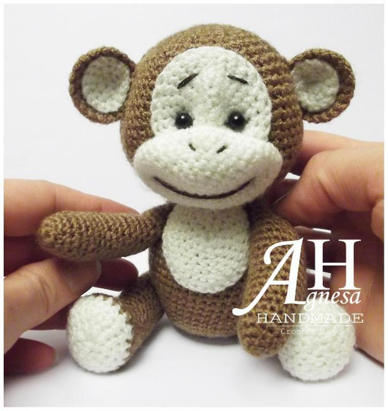 Ravelry: Monkey curtain tieback crochet, amigurumi pattern by ... | 800x756