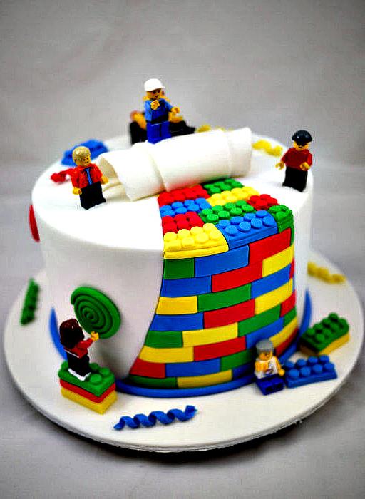 Professional-lego-cake-idea