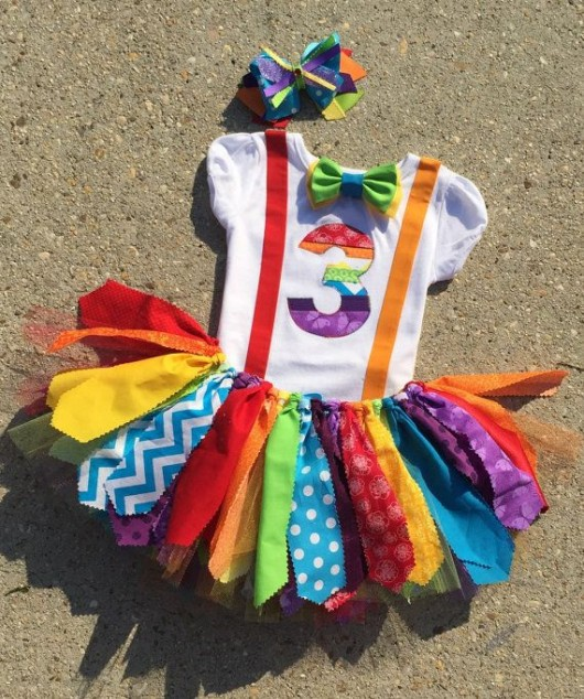 28 circus carnival themed birthday party ideas for kids for Crafts for birthday parties