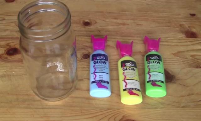 DIY Glow in Dark Storage Jar (1)
