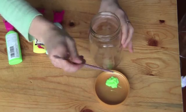DIY Glow in Dark Storage Jar (3)