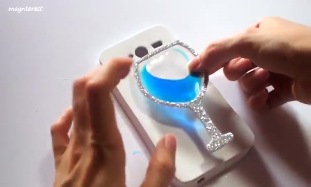 DIY Phone case with Wine glass water (39)
