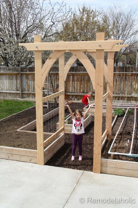 Diy garden ideas garden arch and bench ideas for an for Garden archway designs