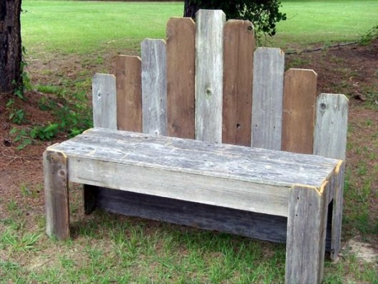 DIY Pallet Rustic Garden Bench