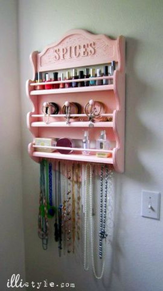 DIY Jewelry Hold Organizer for an Arranged Beauty Place Diy