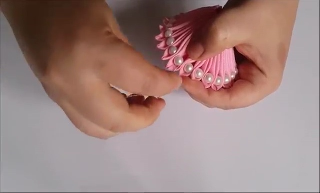How to Ribbon Flower with Pearl Beads (23)