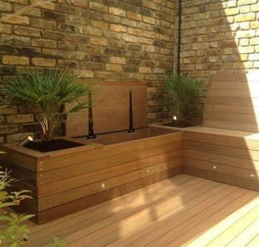 Incroyable Make Use Of The Whole Yard Bench And Storage Idea. Outdoor Storage