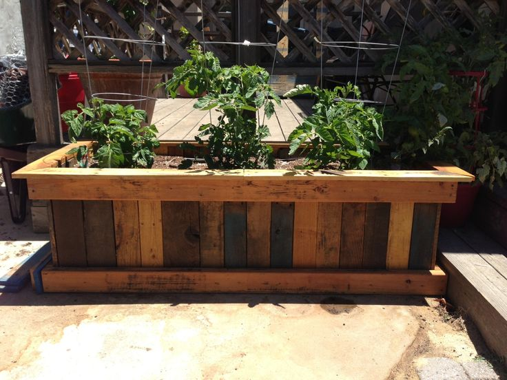 Pallet Garden Planter box