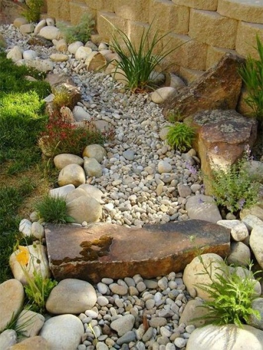 Diy garden 12 rock garden ideas for an exclusive view diy craft ideas gardening - Garden pathway design ideas with some natural stones trails ...