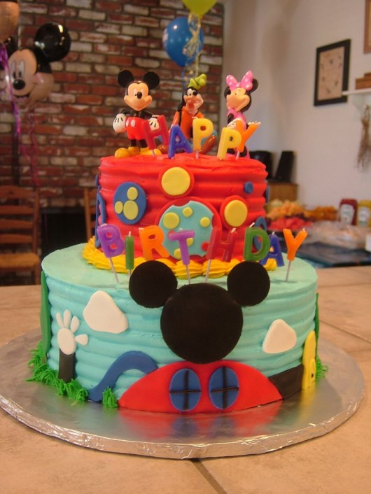 some awesome birthday party ideas over the mickey mouse theme diy craft ideas gardening. Black Bedroom Furniture Sets. Home Design Ideas