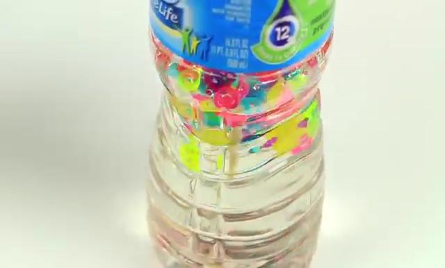 DIY Glitter Liquid Orbeez Stress Ball (16)