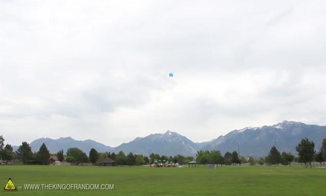 DIY How to make Parachute flying Sky balls (24)