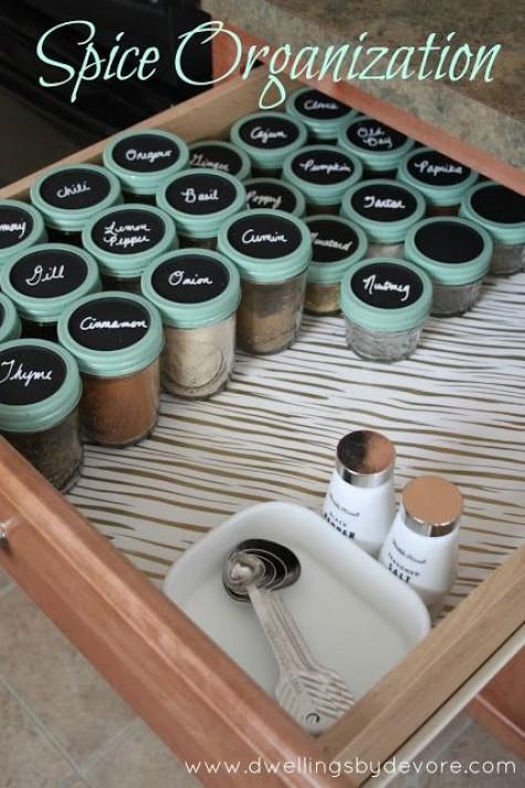 DIY-Mason-jar-storage-organizer