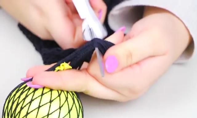 DIY Slime stretchy stress ball (17)