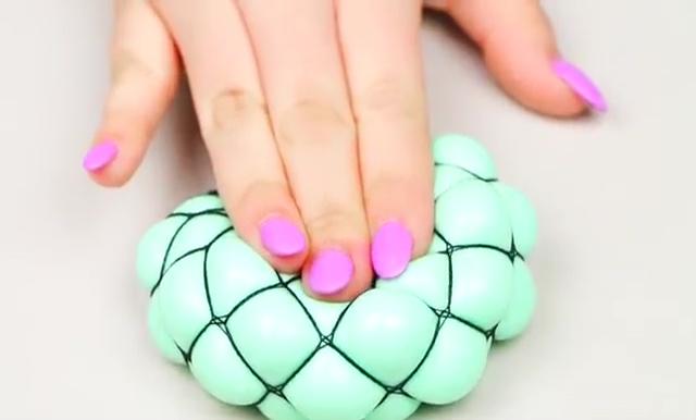 DIY Slime stretchy stress ball (2)