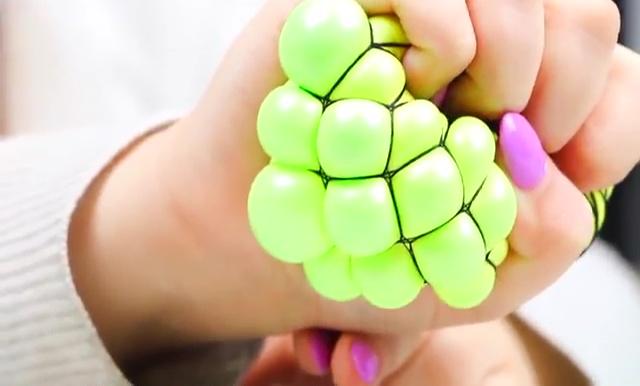 DIY Slime stretchy stress ball (3)