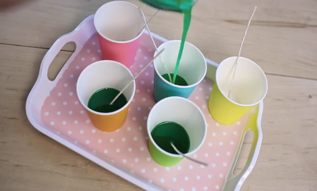 DIY how to make crayon watermelon candles (8)