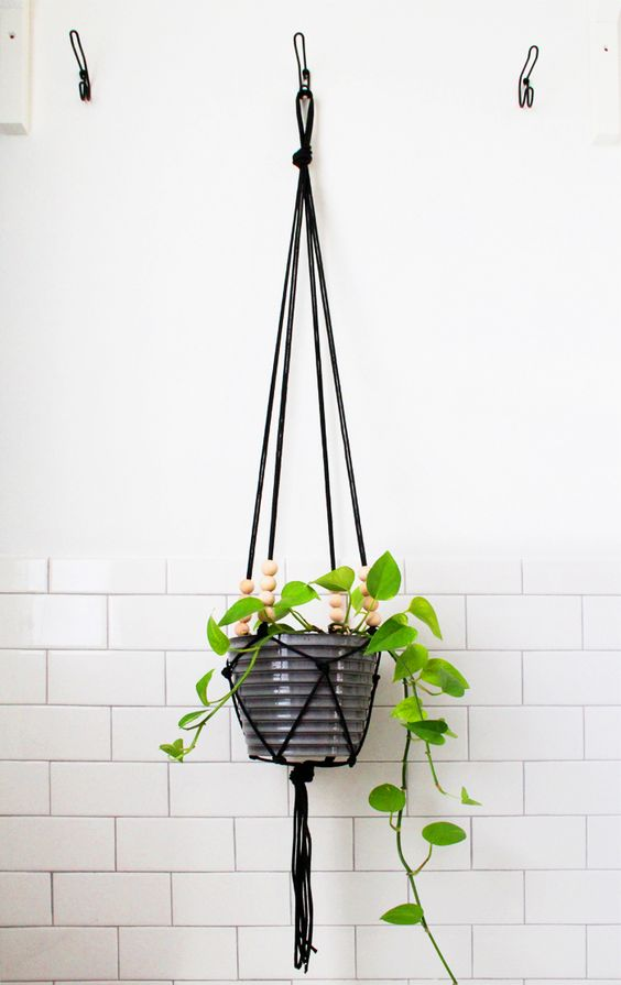diy-hanging-planter-pots-9
