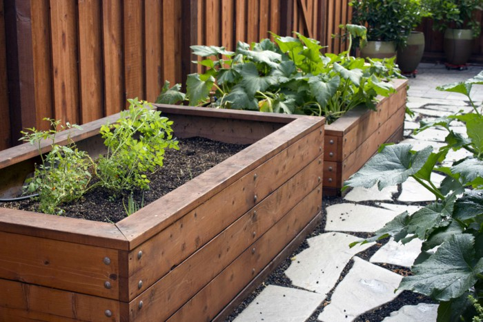 Antique And Elegant Style Wooden Planters For Your Garden
