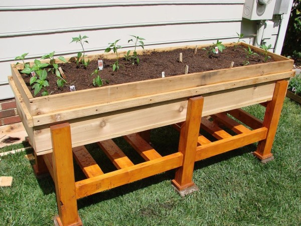 diy-wooden-planter-4