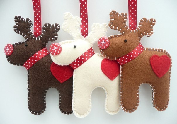 DIY Christmas felt ornaments 3 reindeers