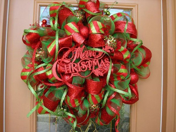 Warm & Sweet Christmas Wreaths: #29 DIY Wreaths and Inspiration Ideas