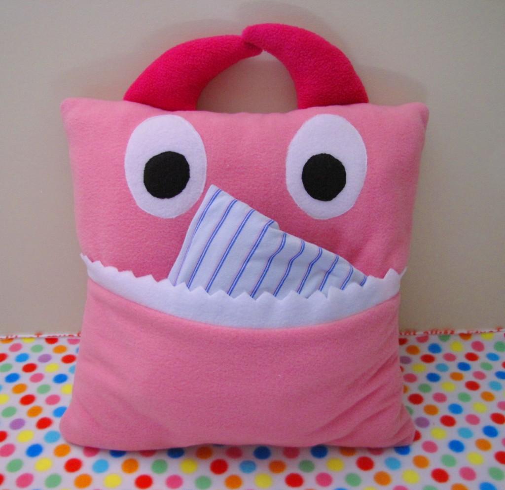 Cute Monster Pillow : DIY Pillows: Fluffy N Cute Pillows - #29 Step by Step Pillow Tutorials