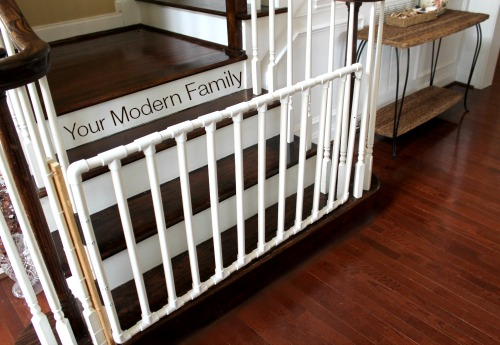 20 Diy Baby Gate Ideas Fabric Pallet And Wood Frame