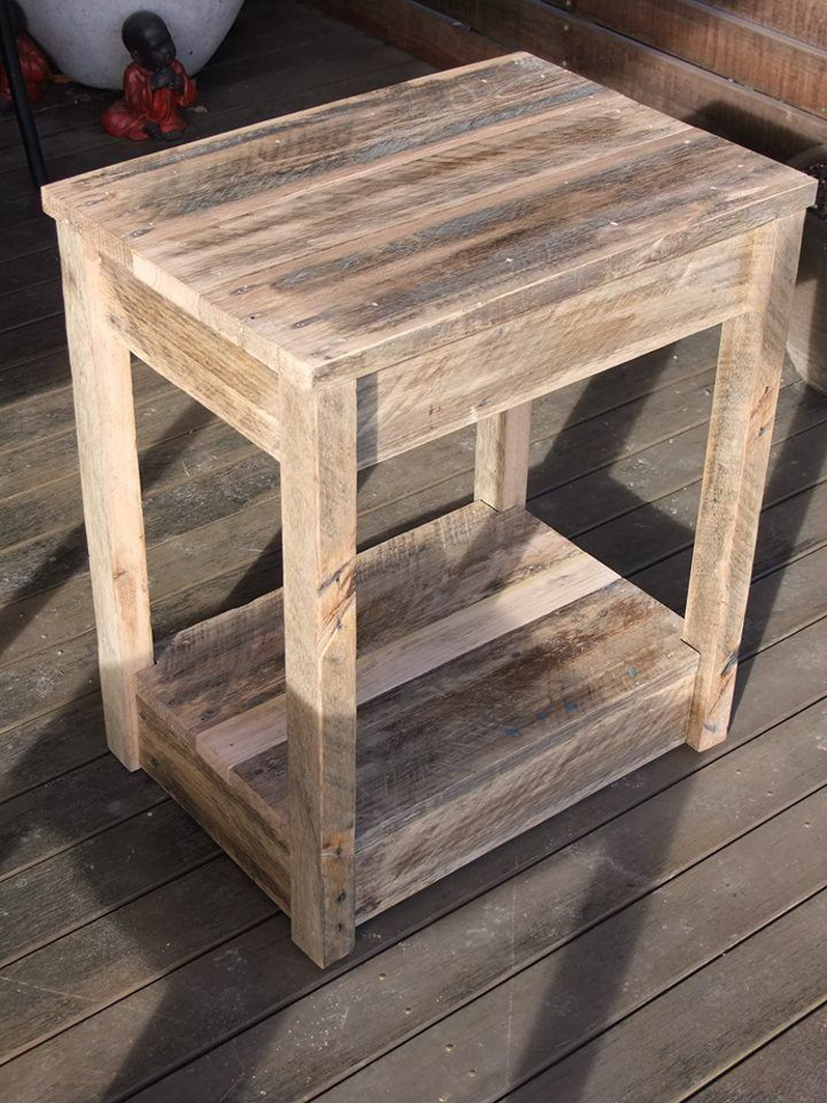 #6 DIY Bedside Table Furniture: How to Turn Pallets into ...