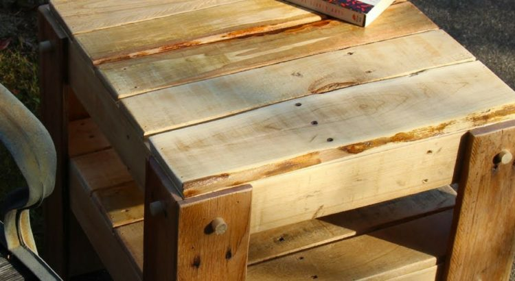 diy furniture: how i made two bedside tables with pallets n crates How to Make a Bedside Table